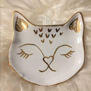 West Elm NWT ceramic white/gold cat face ring dish